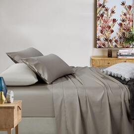 400TC Fitted Sheet Taupe Mega King Bed