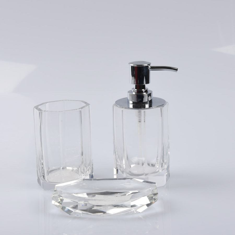 Glass bathroom accessories 28 images pb classic glass for Black crackle bathroom accessories
